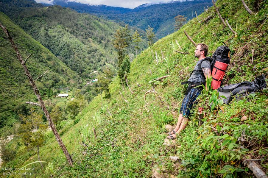 Papua_trekking