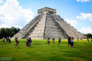 Habli Babli Piramida w Chichen Itza Meksyk
