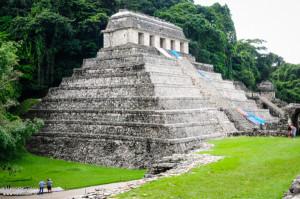 Habli Babli Piramida w Palenque Meksyk